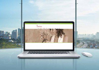 laura ronco 1 400x284 - Nuestros trabajos de Marketing Online