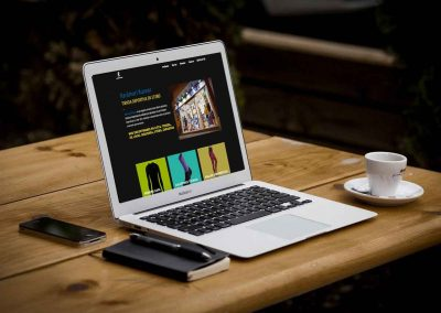 raramurri 1 400x284 - Nuestros trabajos de Marketing Online
